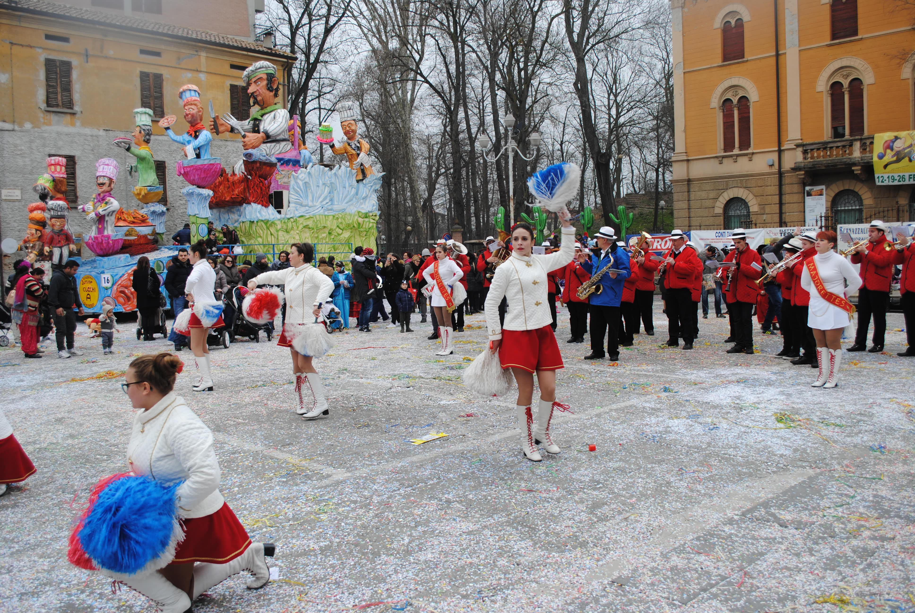 FESTE E SFILATE, OGNI EVENTO VALE