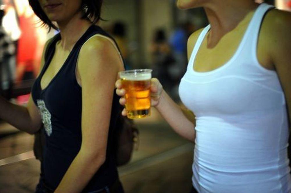 Divieto di bere per la festa: riuscirà il comune a farlo rispettare?