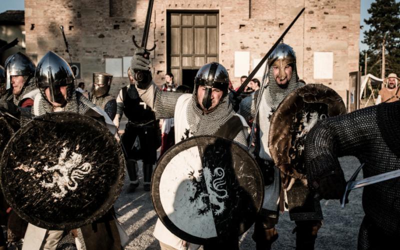 A Quattro Castella va in scena la STORIA
