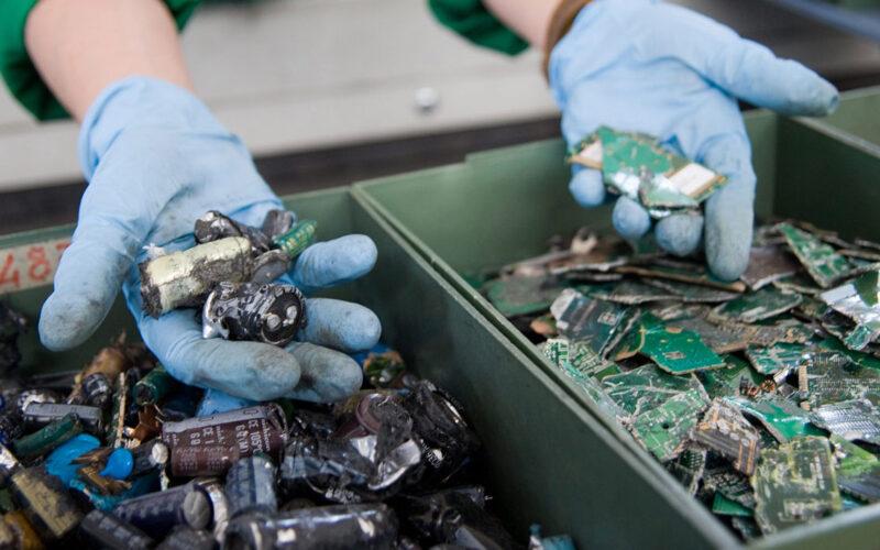 Pandemia e rifiuti elettronici: buone pratiche di SMALTIMENTO